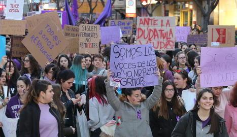 Imatge d'arxiu de la manifestació del 8-M als carrers de Lleida.