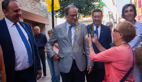 Inauguració de la plaça U d'Octubre a Juneda