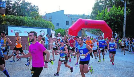 La sortida de la cursa ahir als carrers d'Albesa.