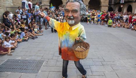 La nova figura, ahir, a la plaça de l'Església.