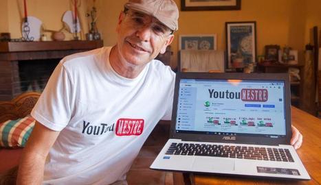 Ricard Bertran mostrant ahir el canal a YouTube.