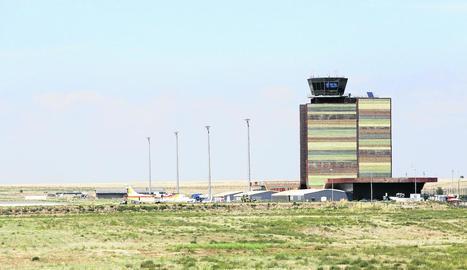 L'aeroport d'Alguaire en una imatge de diumenge.