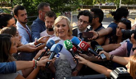 Inés Madrigal, ahir, abans que es reprengués el judici.