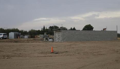Les obres del nou cementiri d'Alcarràs, que suposaran la construcció de 120 nous nínxols.