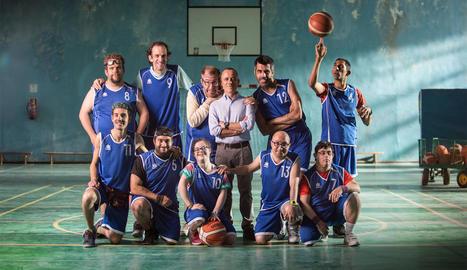 Imatge dels actors que protagonitzen 'Campeones'.