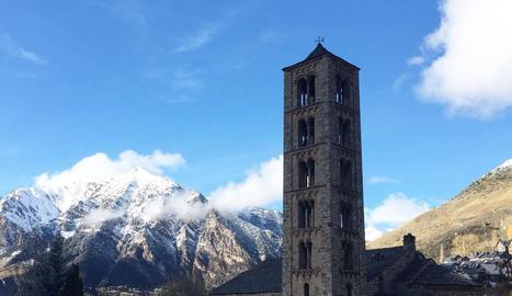 Les 9 esglésies romàniques de la Vall de Boí van repicar les campanes.
