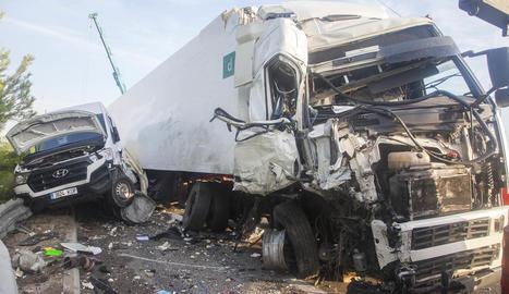 Vista d'un accident a Ribera d'Ondara el 13 d'agost passat.
