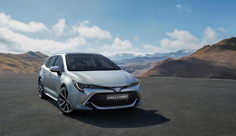 El Toyota Touring Sports compta amb motor 1.8 o 2.0 litres.