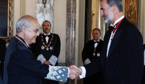 La fiscal general, Felip VI i la ministra de Justícia escolten el discurs de Carlos Lesmes (dret).