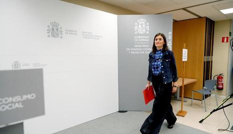 Carmen Montón es presenta davant de la premsa ahir per anunciar la dimissió del càrrec.