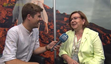 Joan Cama entrevista l'alcaldessa de Tàrrega, Rosa M. Perelló.