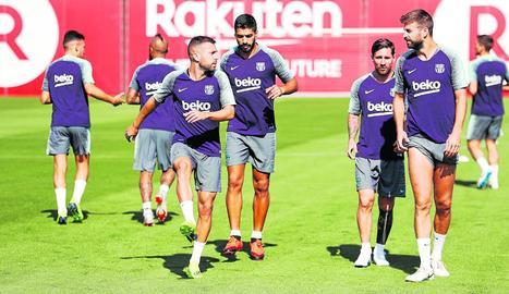 La plantilla del Barça es va exercitar ahir a la Ciutat Esportiva.