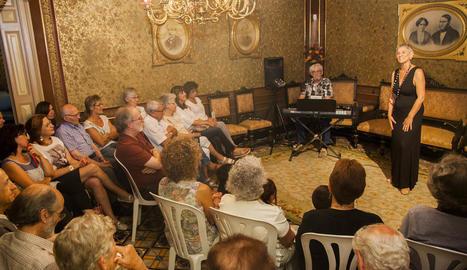 Cervera estrena la Isagoge amb contes i cançons del món