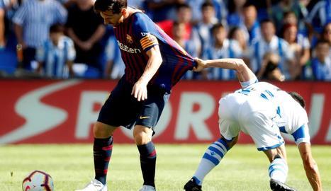 Luis Suárez celebra amb Umtiti el gol de l'empat dels blaugranes.