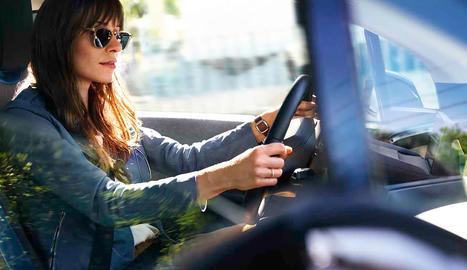 """Els BMW portaran a bord un personatge digital intel·ligent que respondrà quan diguem """"Hola, BMW"""""""