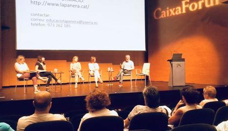 Presentació ahir a CaixaForum Lleida de la programació de teatre i música de l''Apropa Cultura'.