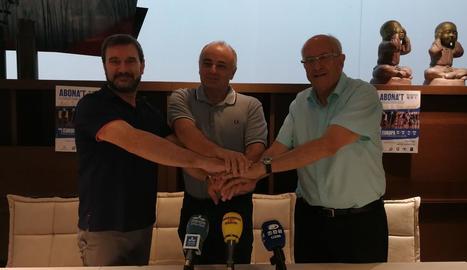 Duch, Soler i Jordi Carbonell van presentar ahir el pla.
