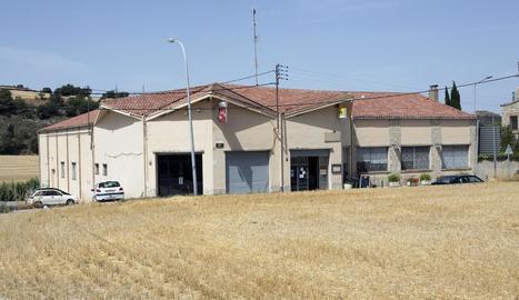 El local social de L'Amistat és entre els Hostalets i Sant Antolí.