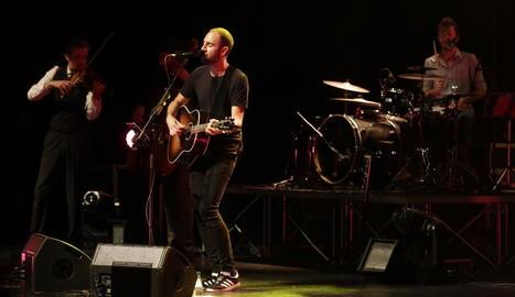 Un moment del concert de Blaumut que es va fer ahir a Lleida a la Llotja.