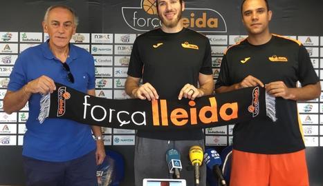 Eric Stutz, ahir a la presentació com a nou jugador del Força Lleida.