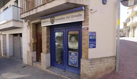 Imatge presa ahir de la façana de l'administració, situada al carrer Lleida d'Alpicat.