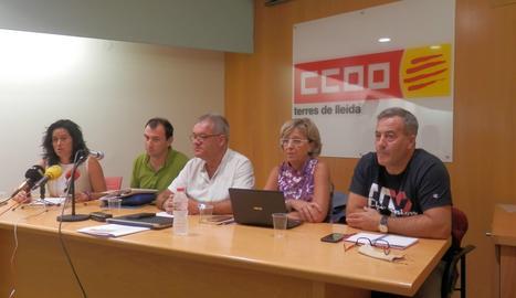 Un moment de la roda de premsa de CCOO.