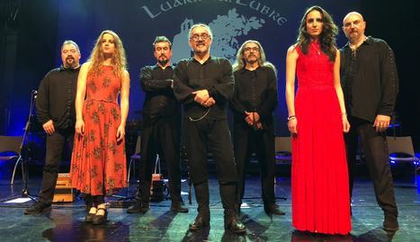 Imatge del grup de música folk gallec, Luar na Lubre.