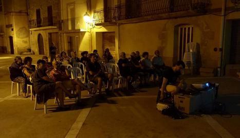 Última sessió del cicle 'Cinema a la Fresca', la nit de dissabte passat a Puigverd de Lleida.