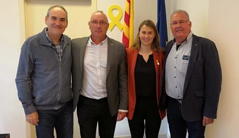 Reunió a Brussel·les - Fruits de Ponent es va reunir ahir amb representants de la Comissió Europea per tractar les possibles conseqüències del Brexit al sector fructícola. També es va reunir amb la delegada del Govern a la UE, Meritxell Serr ...