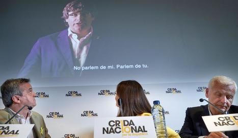 Els portaveus de la Crida, Gemma Geis (c), Ferran Mascarell (d) i Antoni Morral (e).