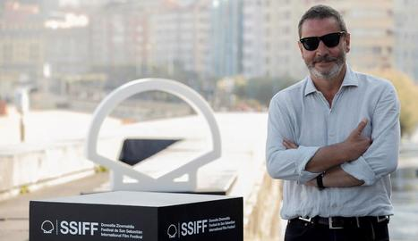 Enrique Urbizo, ahir al Festival de Cine de Sant Sebastià, on va presentar la sèrie 'Gigantes'.