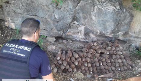 Imatge dels 126 artefactes tal com van ser trobats.
