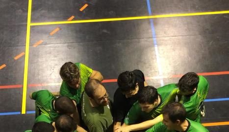 Els jugadors del Balàfia celebrant el títol de Lliga Catalana.