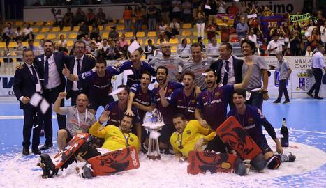 Els blaugranes van celebrar en gran el títol europeu aconseguit ahir a Barcelos.