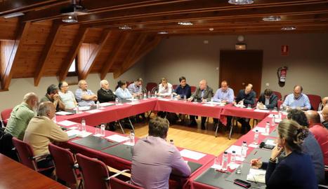 El consell d'alcaldes d'Aran d'ahir.