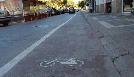 Mollerussa compta amb un carril bici a l'avinguda del Canal.