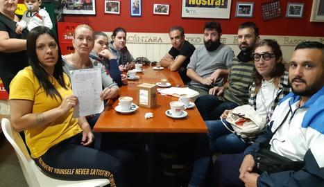 Els membres de la iniciativa es van reunir ahir amb la CUP.