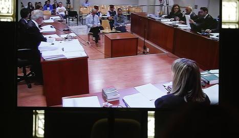 Els acusats, Fernando Blanco i Margarita Garau, ahir en la segona jornada del judici a l'Audiència.
