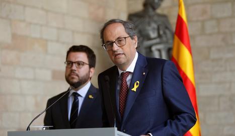 El president de la Generalitat, Quim Torra, i el vicepresident, Pere Aragonès, durant la compareixença conjunta després de la reunió a Palau de la Generalitat.