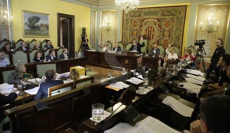 Una de les votacions del pla de la Paeria celebrat aquest divendres.