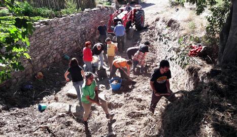Veïns del Talladell recuperen del subsòl els antics safarejos