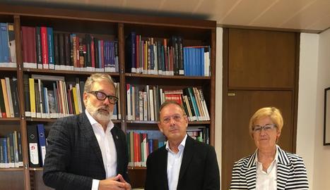 L'alcalde Larrosa, Fernández-Baca i Parra, ahir a Madrid.