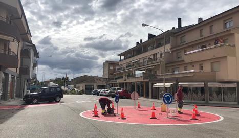 La rotonda que s'ha habilitat al carrer de Solsona.