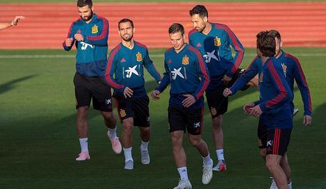 La selecció espanyola, durant un entrenament.