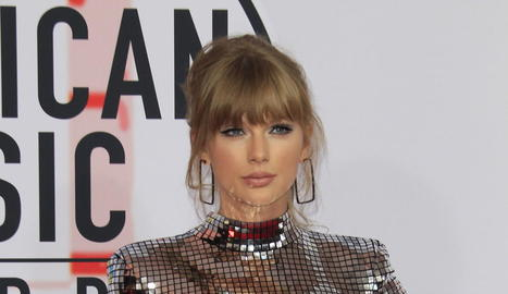 La cantant Taylor Swift, als American Music Awards a Los Angeles.