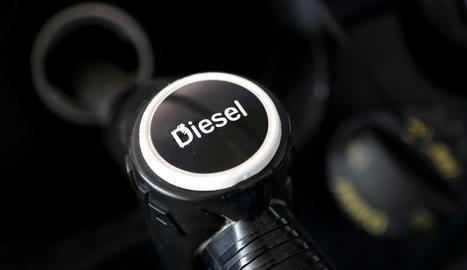 La gasolina i el gasoil es tornen a encarir i marquen un nou màxim des del 2014