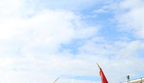 Un dels moments de la jura de bandera ahir a Talarn.