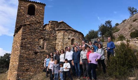 El vicepresident de la Diputació Eloi Bergós va assistir a l'estrena de la restauració de l'església.