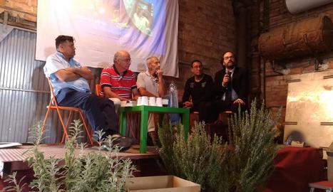 """Un moment de la xarrada a Balaguer per """"curar"""" l'autisme."""
