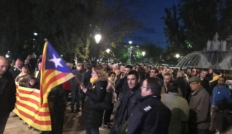 Centenars de persones es concentren a Lleida contra la demanda de penes de la fiscalia